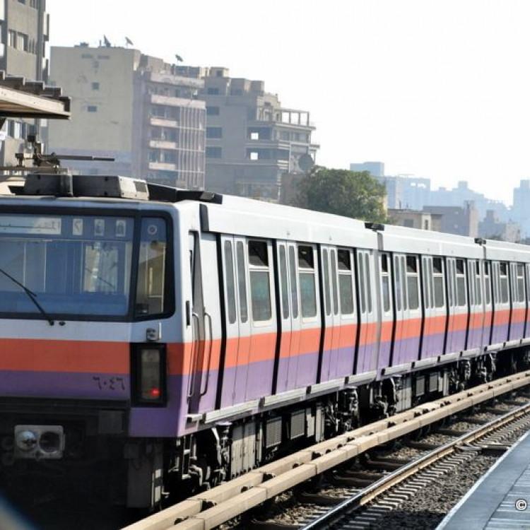 Kolyat El Zerah Station, Greater Cairo Metro, Egypt